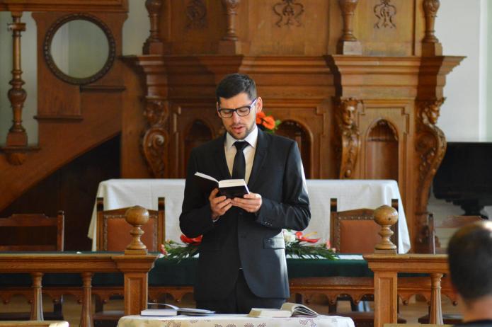 Szolgálatot végez Debreceni István teológiai hallgató