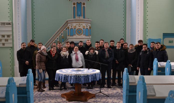 A dévai református templomban Rátoni Csaba lelkipásztorral
