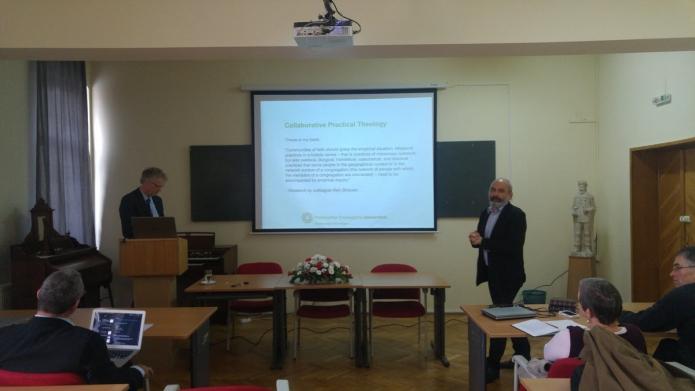 Henk de Roest az empirikus kutatásról beszél, Horváth Levente tolmácsolásában