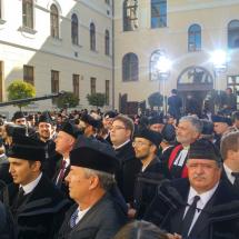 Lelkipásztorok a Teológiai Intézet belső udvarán