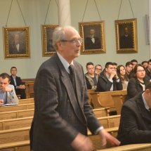 Dr. Geréb Zsolt kédez az előadótól