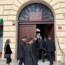 2021. szeptemberében a Teológiai Intézet kapuján vonul be az új diáksereg